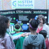 Students Engaging with MiSTEM Representatives